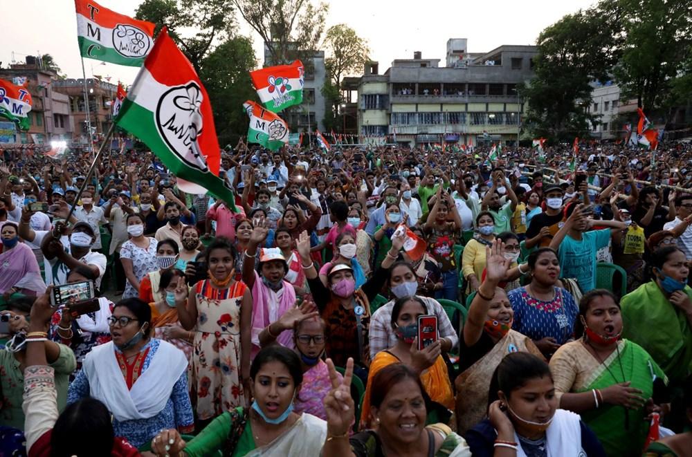 Hindistan'da Covid-19 vakalarının sayısı 20 milyona ulaştı: Halk, cenazelerini karton tabutlarla taşıyor - 10
