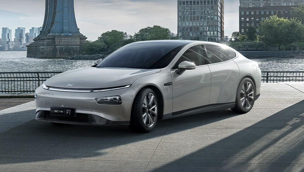 Tesla'nın Çinli rakibi yeni otonom özelliklerini tanıttı