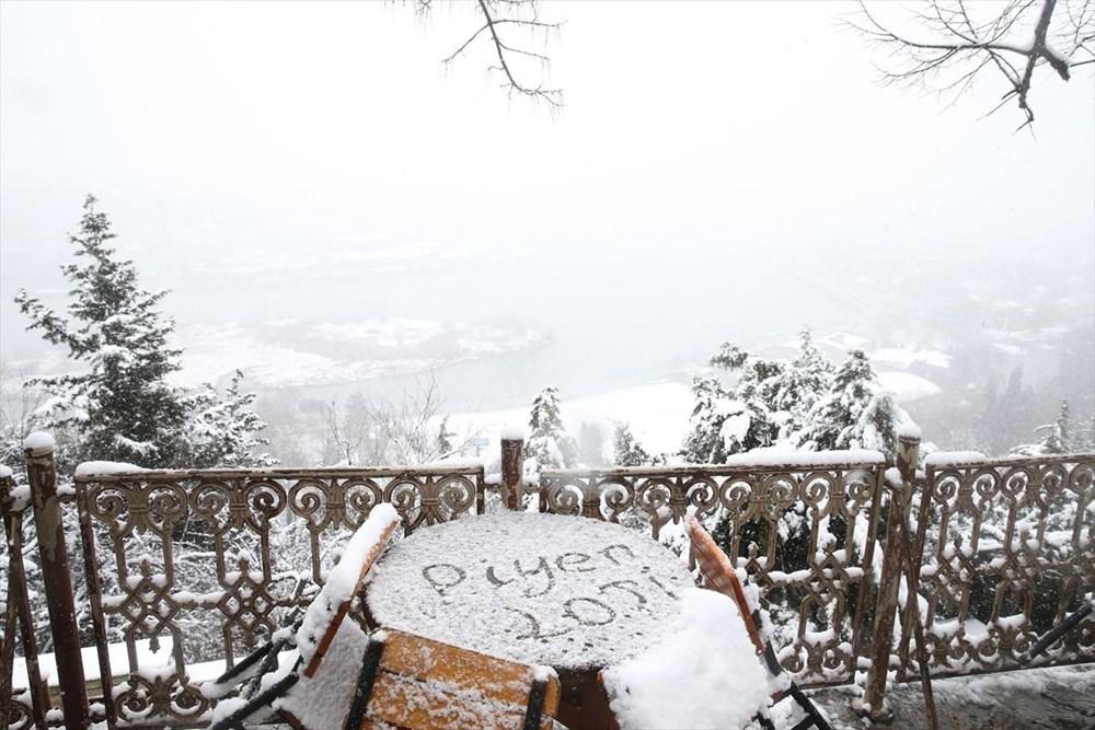 İstanbul'da kar yağışı devam ediyor - 19