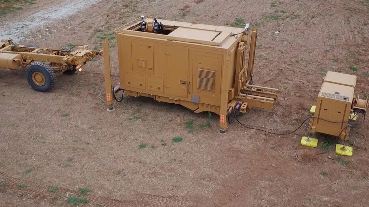 <p>Alka, ilk kez paylaşılan test görüntülerinde el yapımı patlayıcı, güvenlik ihlali yapan drone, mühimmat taşıyan drone, casus drone, sürü drone saldırısı gibi tehditleri başarıyla bertaraf etti.</p>