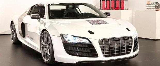 Audi F12 e performans prototipini tanıttı