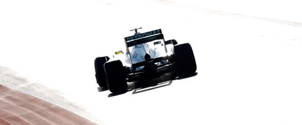 Daimler Mercedes F1'in 'direksiyonunda'