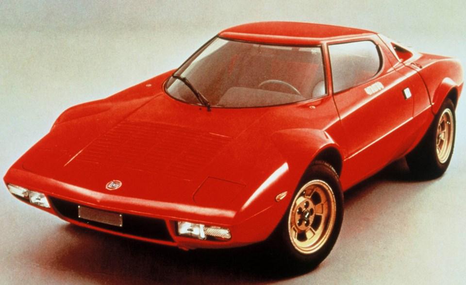 1970'lerin başarılı ralli otomobili, orijinal Lancia Stratos (1973)
