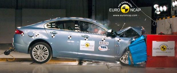 Jaguar, XF'nin güvenliğini savundu