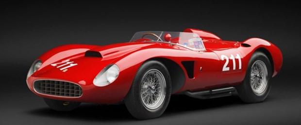 Klasik Ferrari 6,4 milyon dolara el değiştirdi