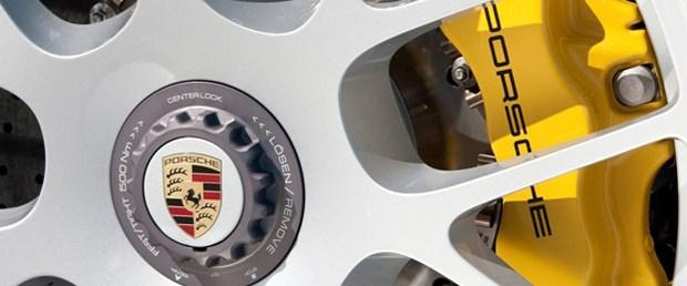 Porsche satışlarını arttırdı