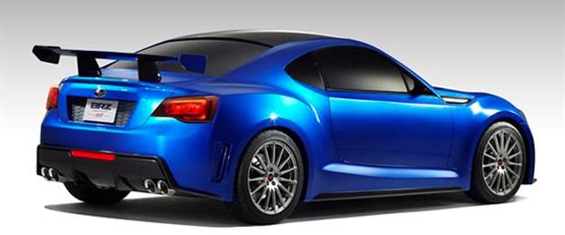 Subaru'nun ilk arkadaş itişli spor otomobili