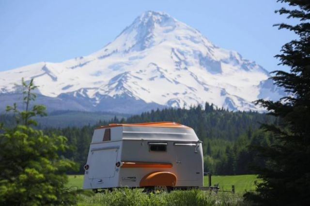 Yeni moda retro karavanlar