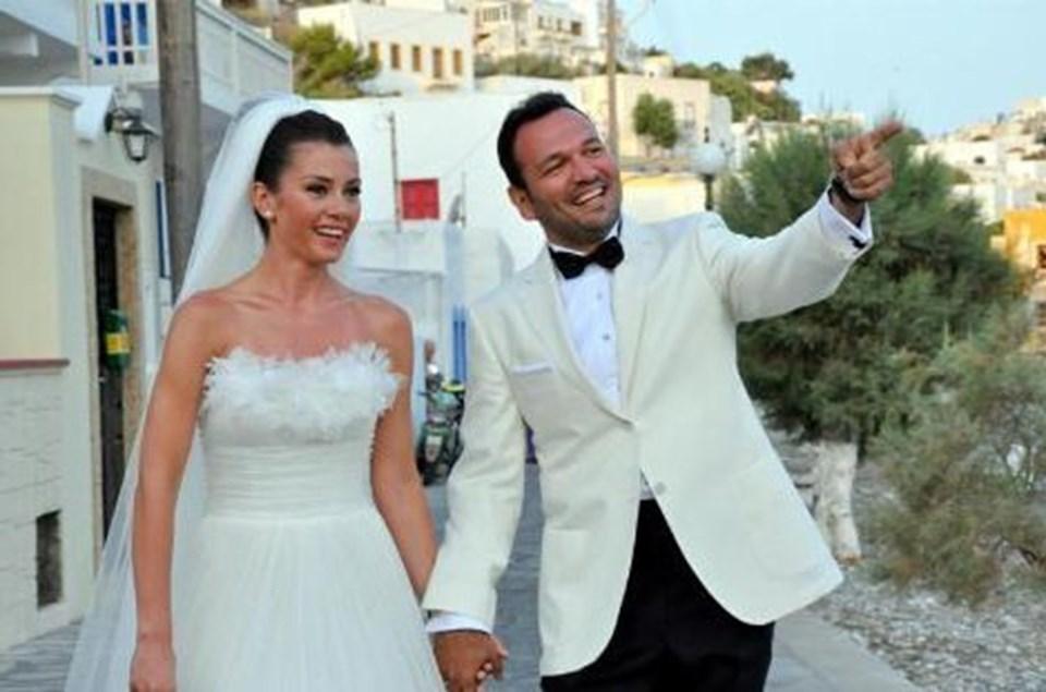 36 yaşındaki Bahadır, 2011 yılında dünyaevine girdiği Ali Sunal ile yaklaşık bir yıl evli kaldıktan sonra ayrılmıştı.