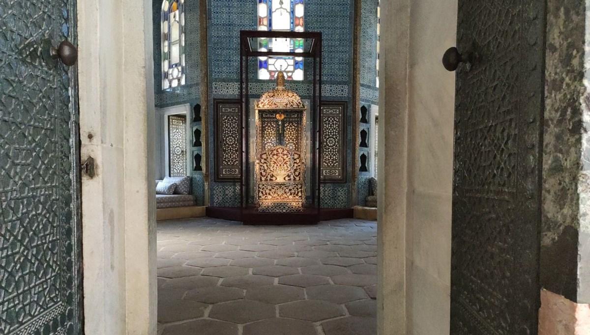 Arife Tahtı Topkapı Sarayı Revan Köşkü'nde sergilenmeye başlandı