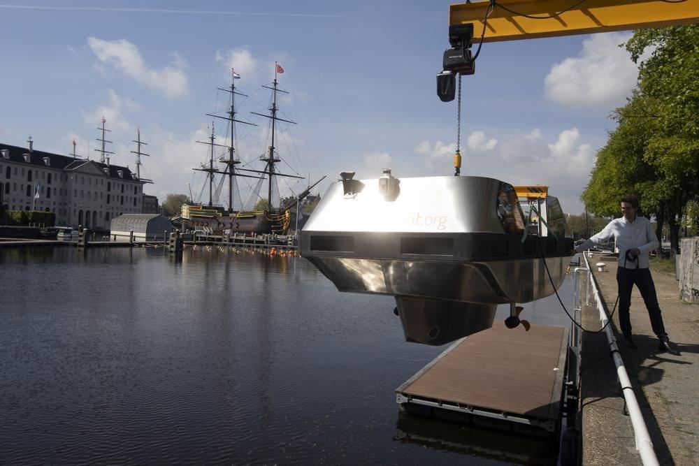 Sürücüsüz gezi teknesi tanıtıldı: Robot tekne - 4