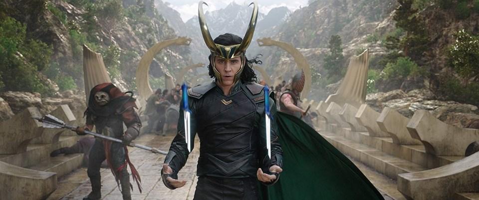 Tom Hiddleston, Thor: Ragnarok (2017) setinde