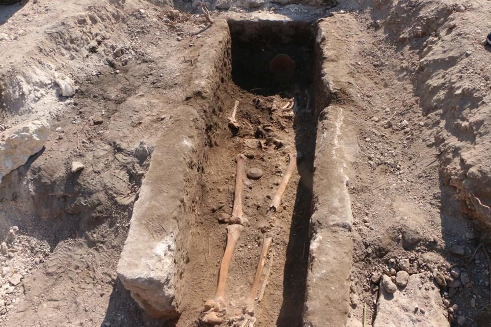 Perre Antik Kenti'nde bin yıllık iskelet bulundu - 2
