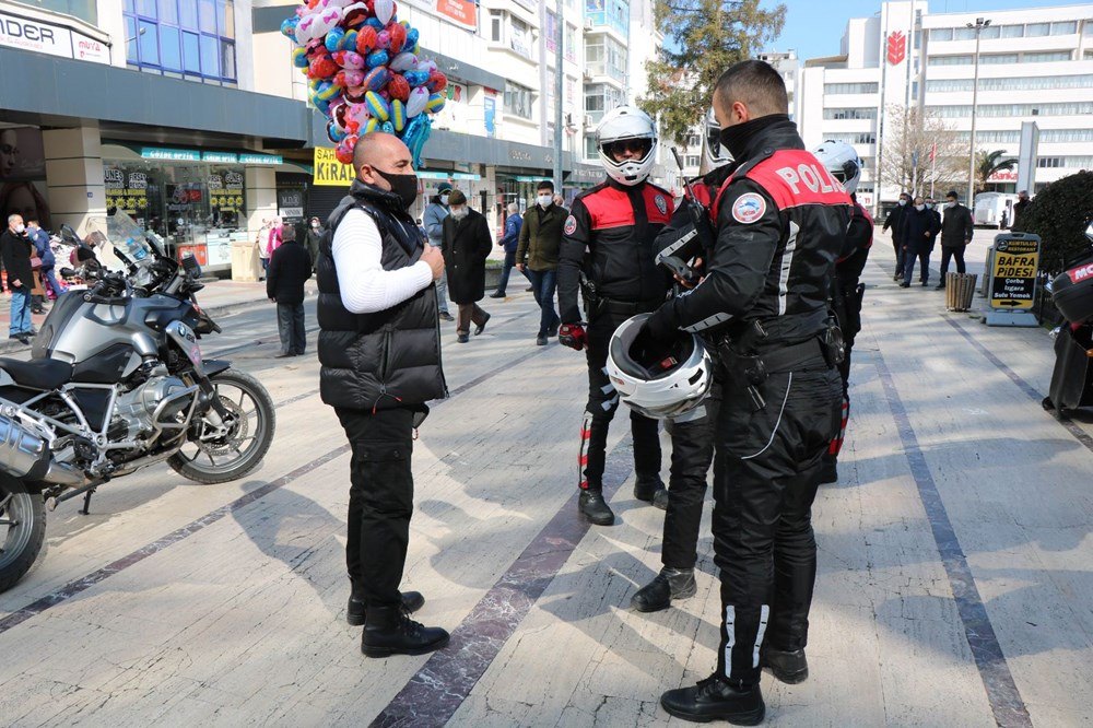 'Kırmızı' alarm veren Samsun'da önlemler de kuyruklar da arttı - 4