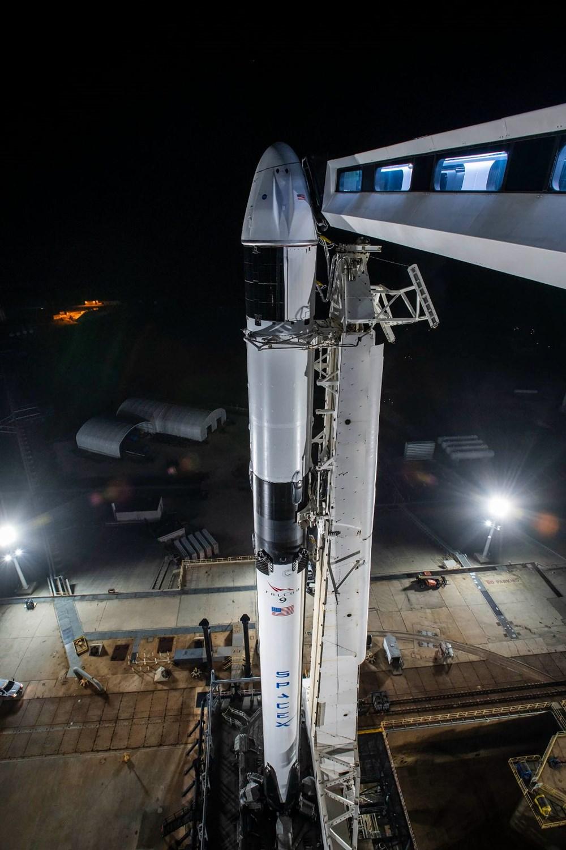 NASA'nın kargo gemisi istasyona kenetlendi - 12