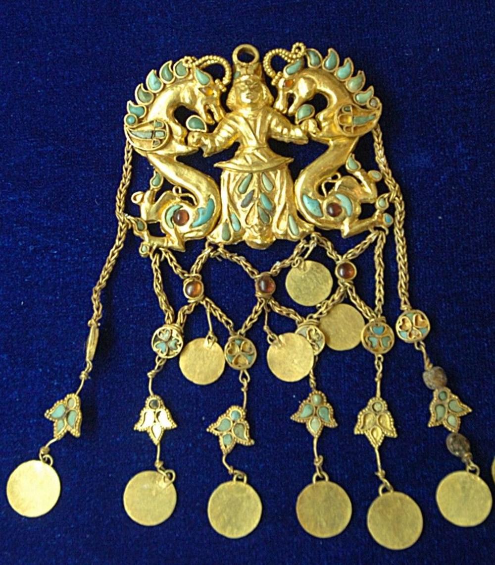 Taliban dünyanın en büyük altın koleksiyonunun peşine düştü - 7