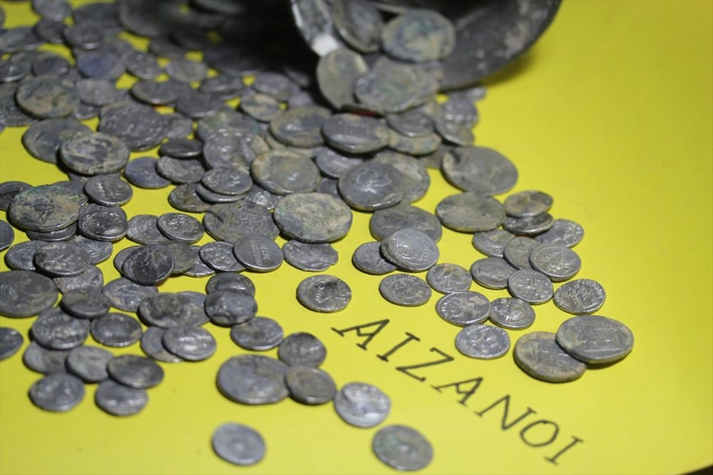 Aizanoi Antik Kenti'nde 'Roma'nın sikke koleksiyonu' bulundu - 7