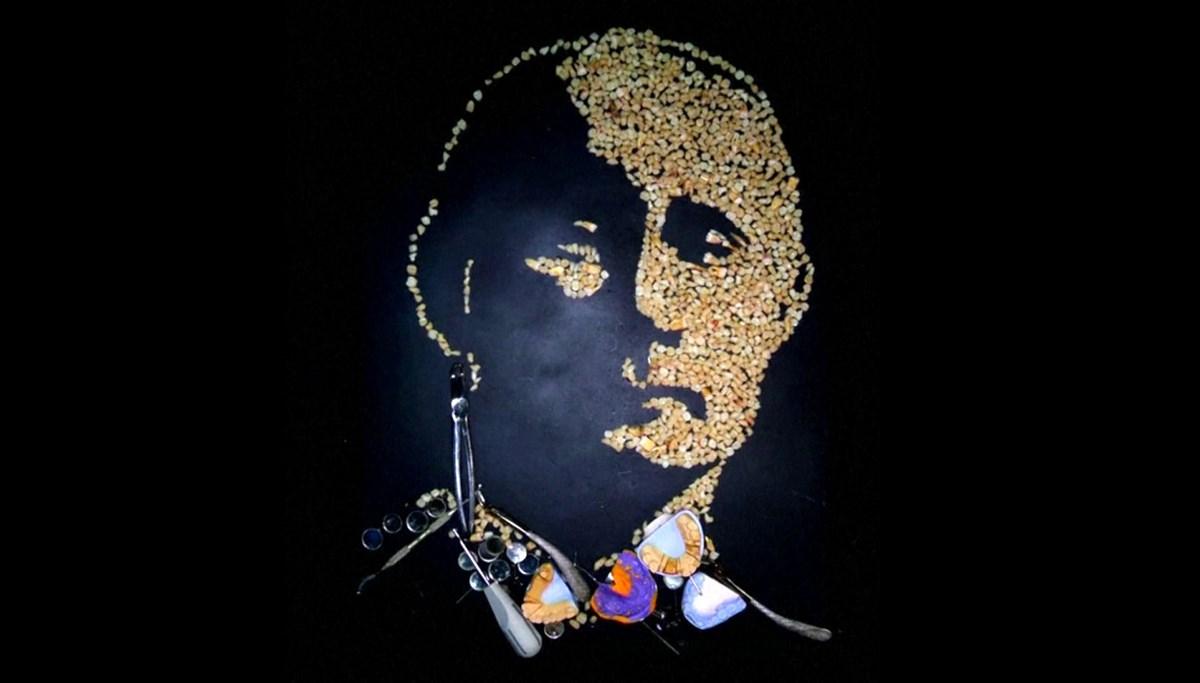 Putin portrait from 500 human teeth