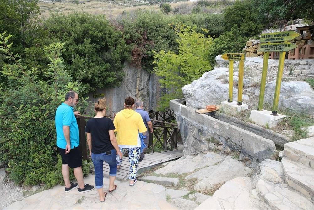 Antik dönemin mühendislik harikası: Bin esire yaptırılan 'Titus Tüneli'ne turist akını - 10