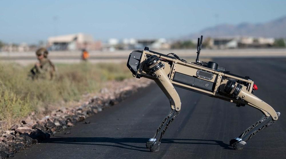 ABD ordusu üs güvenliği için robot köpekleri test etti - 2