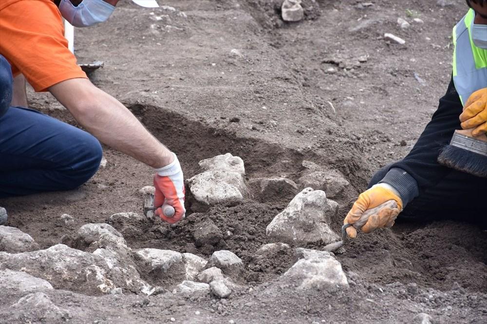 Bilecik'teki kazılarda 9 bin yıl öncesine ait yaşam alanları gün yüzüne çıkarıldı - 7
