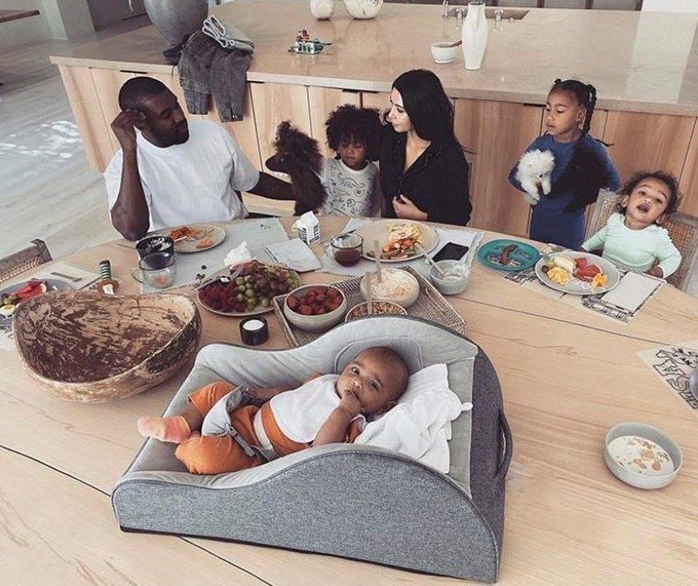 Kim Kardashian kuaför koltuğunda uyuyakaldı - 4