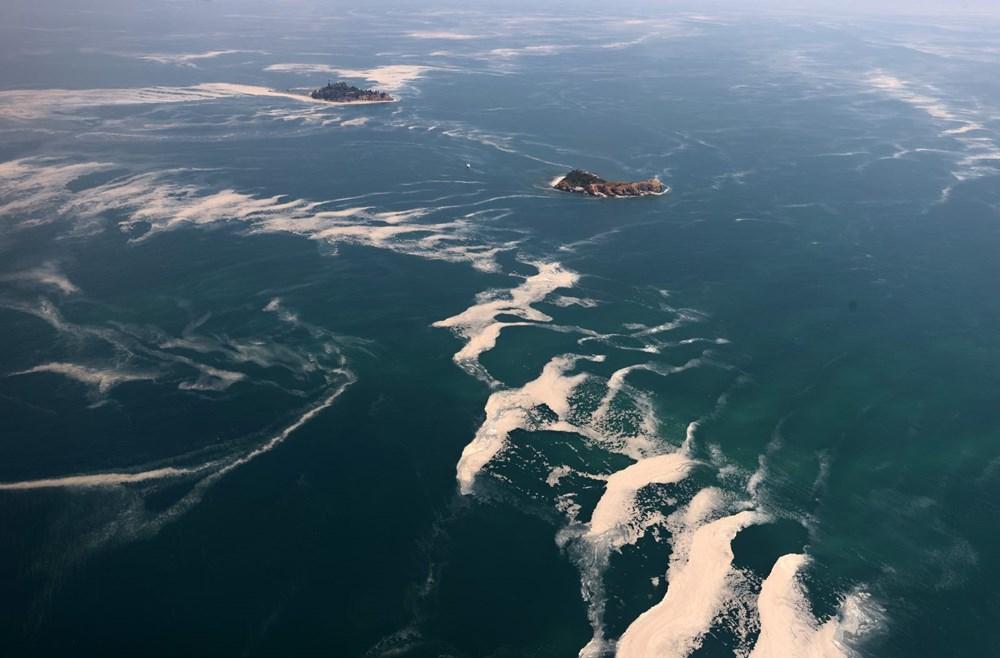 Müsilaj havadan görüntülendi: Deniz salyası her yerde - 18