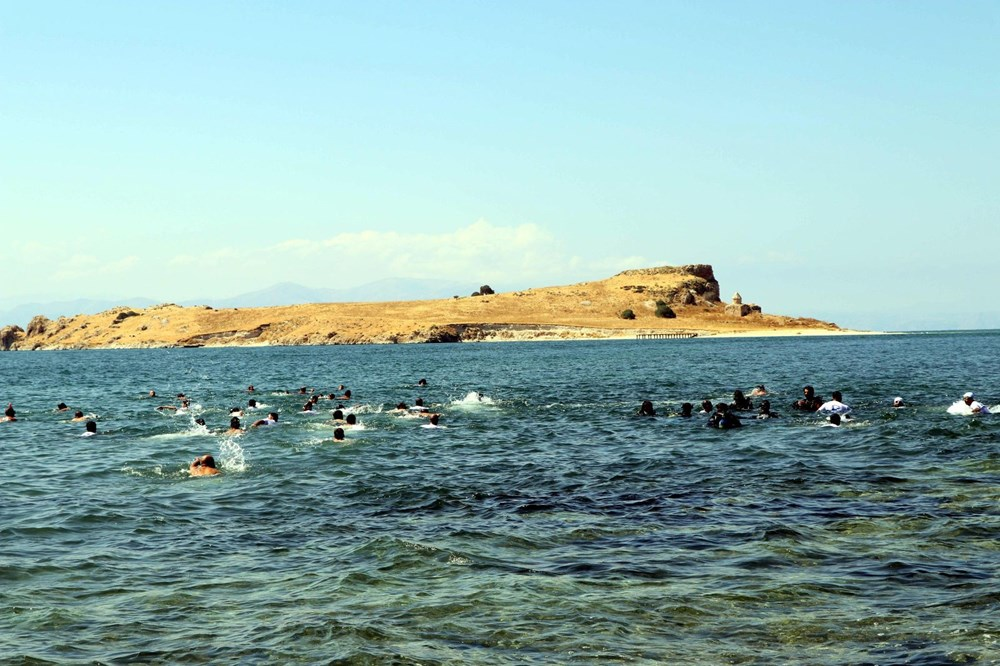 Su altındaki antik yoldan Çarpanak Adası'na ulaştılar - 4