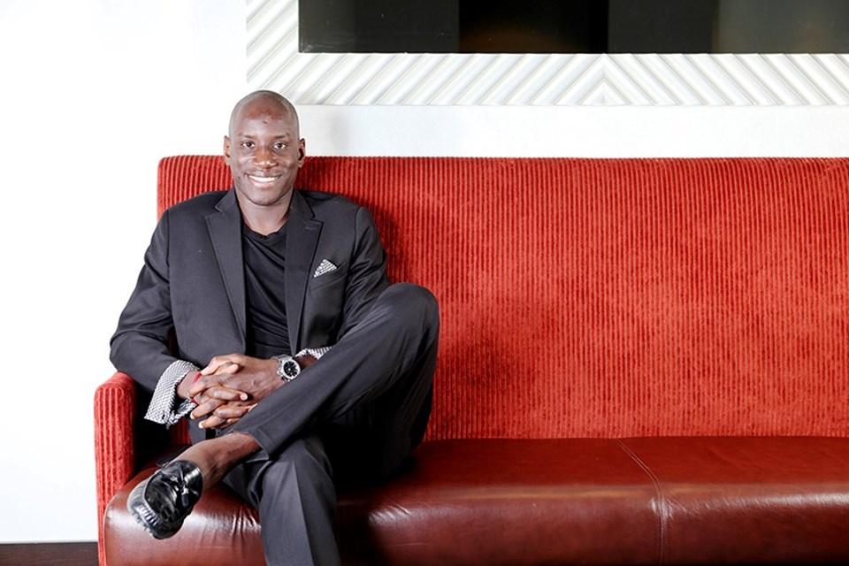 FourFourTwo dergisi Demba Ba'ya özel moda çekimi yaptı