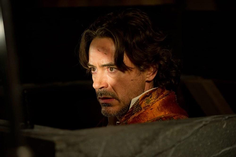 Robert Downey Jr ve Johnny Depp, Sherlock Holmes 3'te buluşuyor - 2