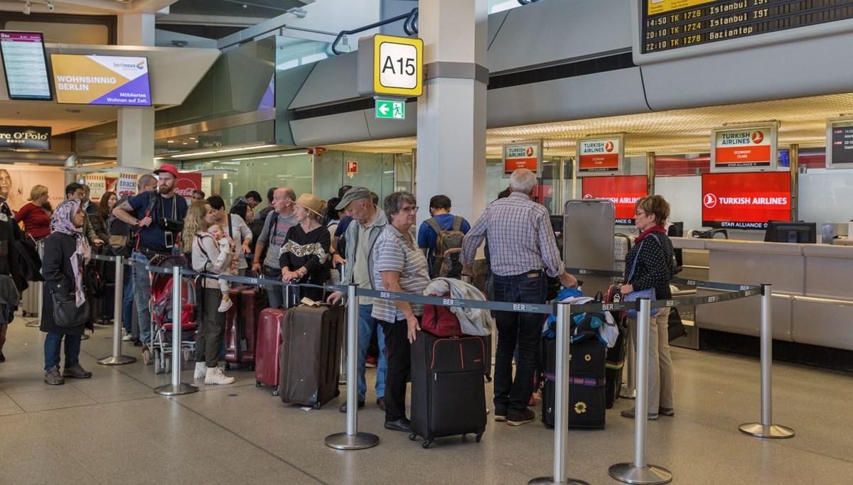 Almanya Türkiye dahil 80 ülkeye seyahat uyarılarını kaldırdı