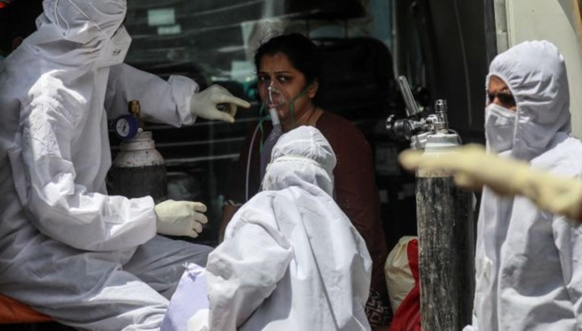 Hindistan'da hastanelerden yardım çağrısı: Oksijen tankları tükenmek üzere