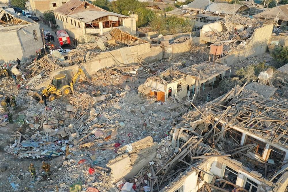 Ermenistan'ın Gence'ye füze saldırısının şiddeti gün ağarınca ortaya çıktı - 8
