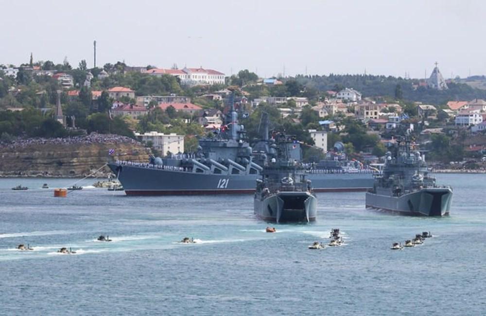 Karadeniz'de uçan tank: İçindeki askerlerle iniş yapıp, ateş etti - 9