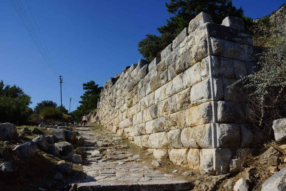 M.Ö. 4.yüzyılda kurulan ilk planlı şehir Priene - 12