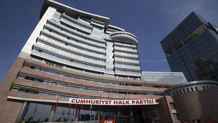 CHP Diyarbakır İl Başkanı ile 24 il yöneticisi görevden alınarak yerlerine atama yapıldı