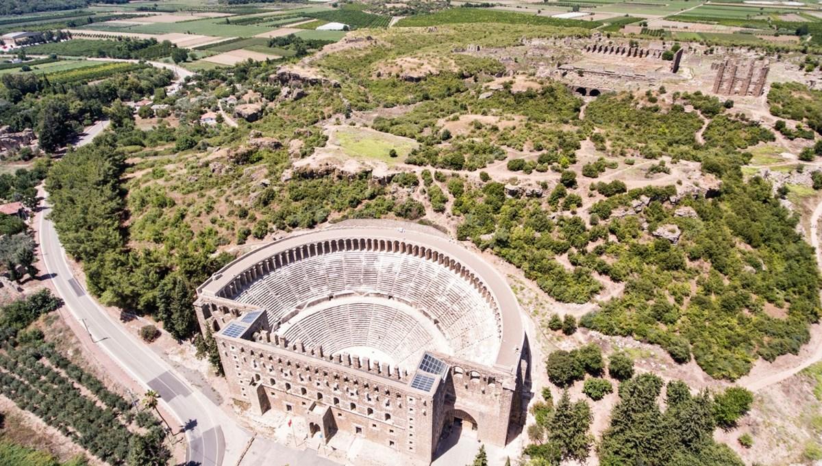 Tarihin ve doğanın iç içe olduğu antik kent: Aspendos