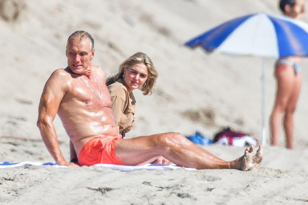 Rocky filminin yıldızı Dolph Lundgren 38 yaş küçük nişanlısıyla tatilde - 6