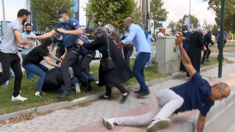 Selama pengintaian, mereka menyerang pengemudi wanita, polisi turun tangan dengan gas air mata - 7
