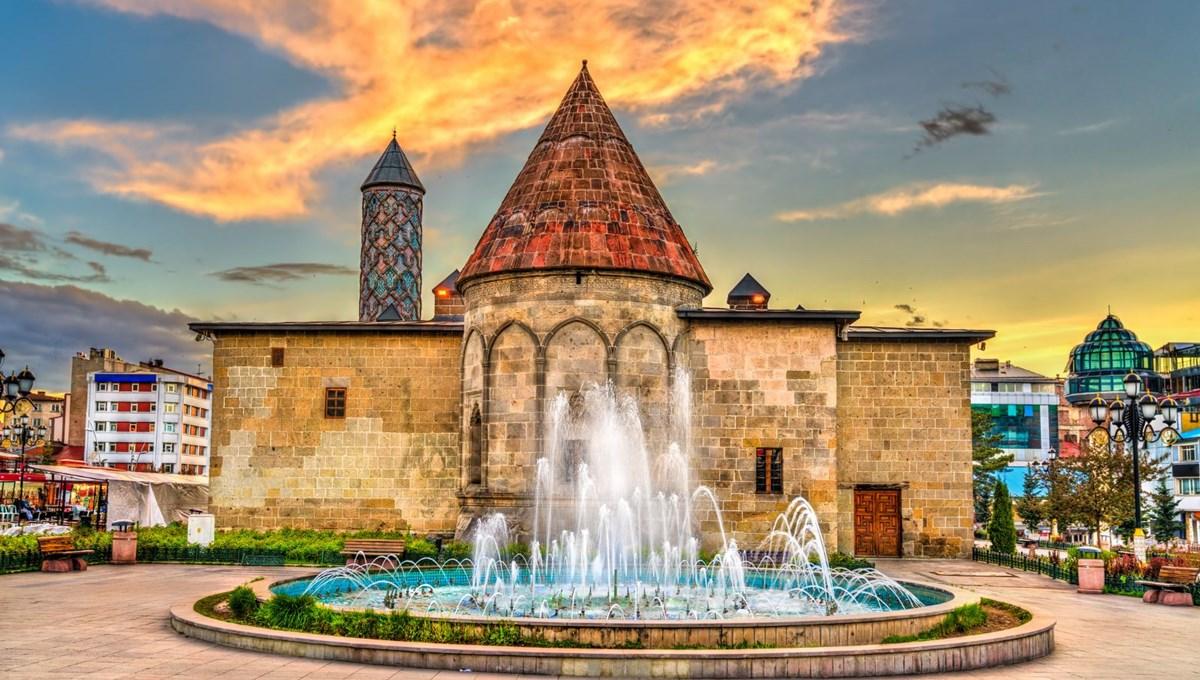 Yakutiye Medresesi: 7 asırlık tarihiyle Erzurum'un simgesi