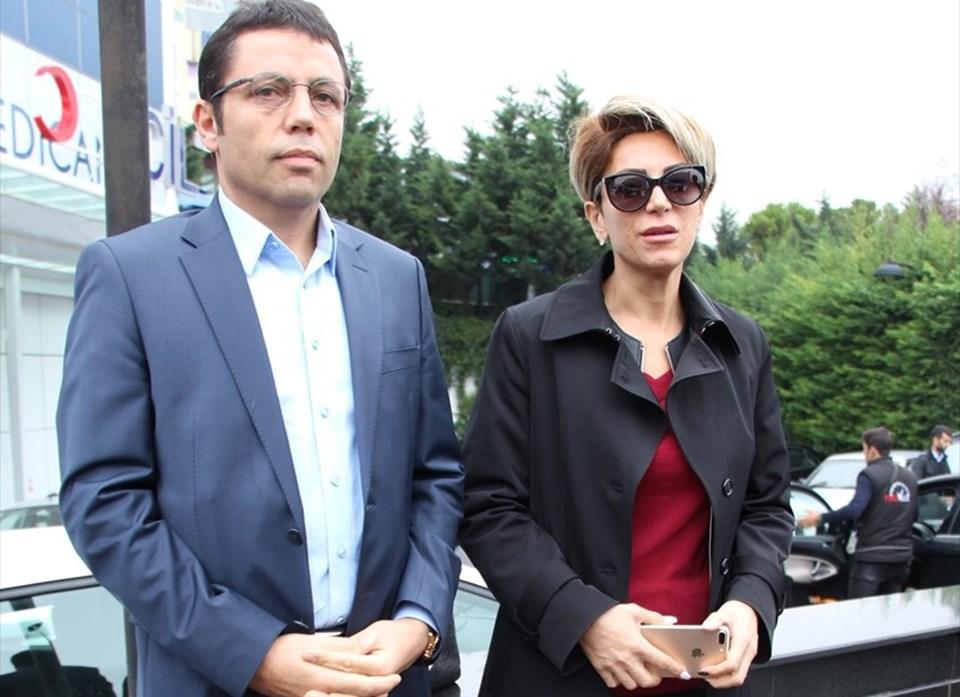 Tarakçı'nın eski eşi Aynur Cihan (sağda) ile iş ortağı Mehmet Mert (solda)