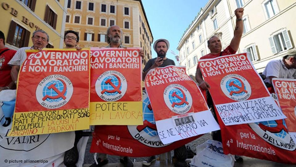 Berlusconi hükümetinin tasarruf önlemleri protestolara neden oluyor.