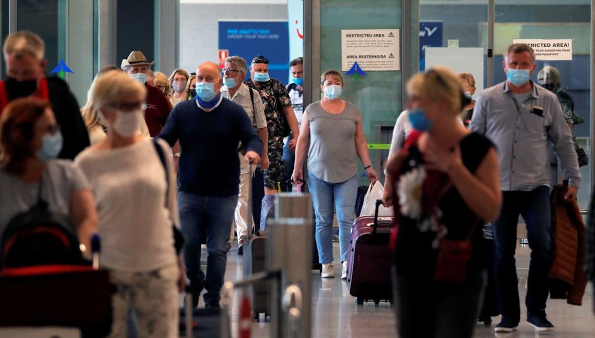 İspanya turistlere kapılarını açıyor
