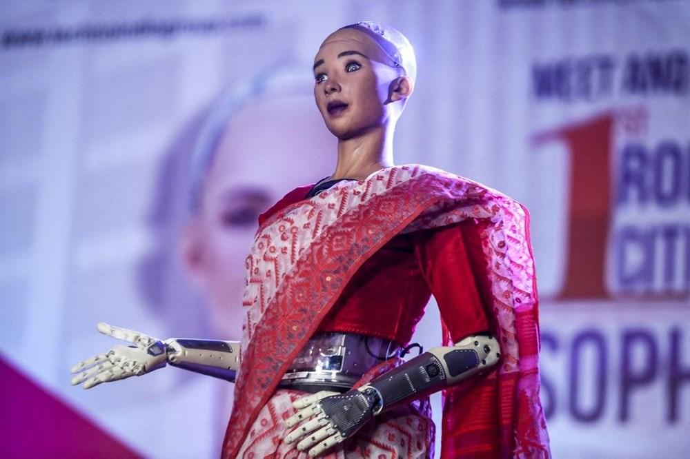 Robot Sophia'ya kardeş geldi: Robot hemşire Grace - 3