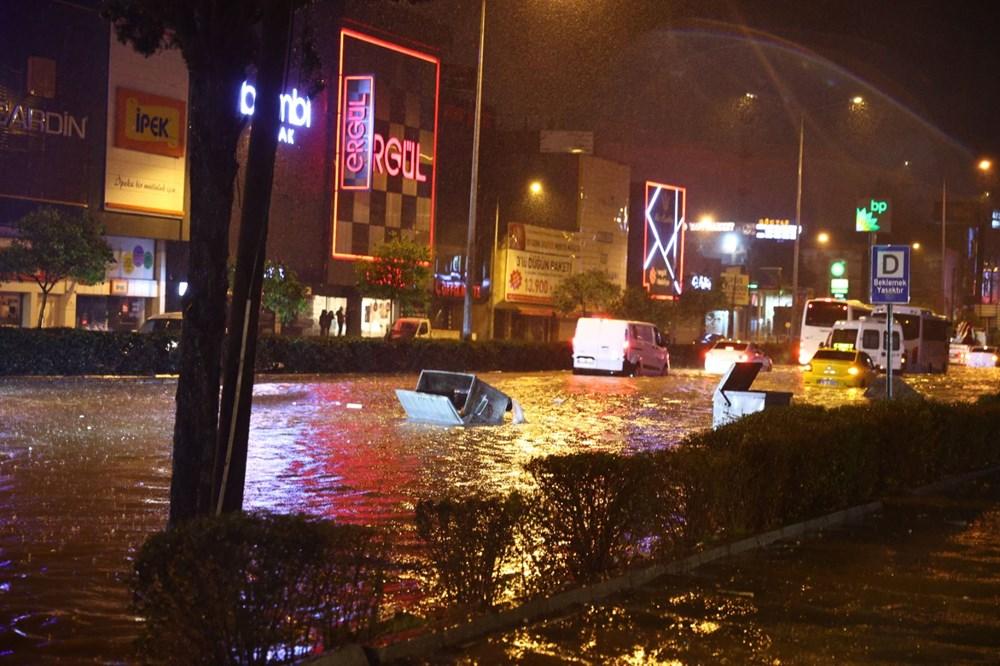 İzmir'de sağanak etkili oldu - 9