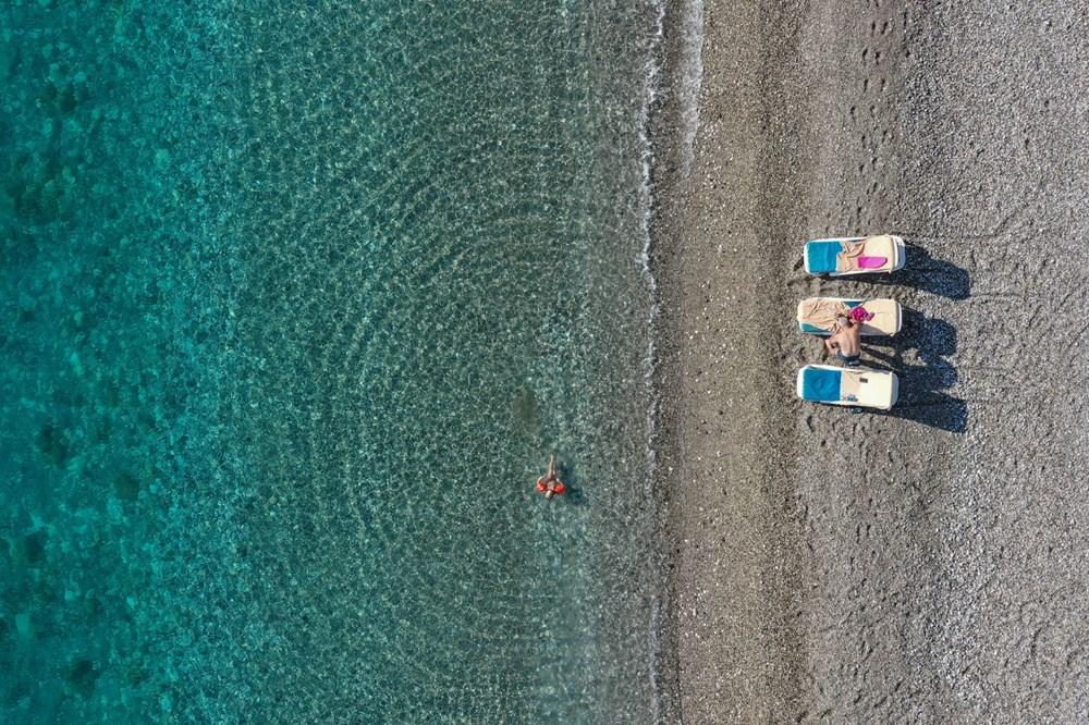 Antalya'da sahiller turistlere kaldı - 11