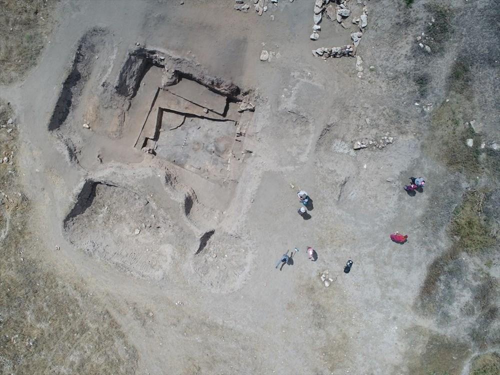 Eskişehir Küllüoba kazısında 5 bin yıllık boya paleti bulundu - 4