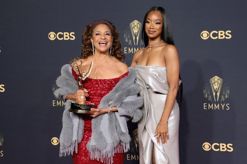 2021 Emmy Ödülleri'nin sahipleri belli oldu (73. Emmy Ödülleri'ni kazananlar) - 30