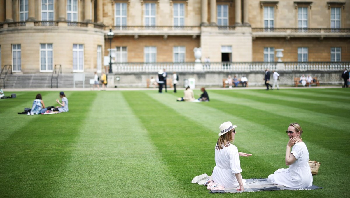 A first in British history: Queen Elizabeth opens Buckingham Palace garden to the public