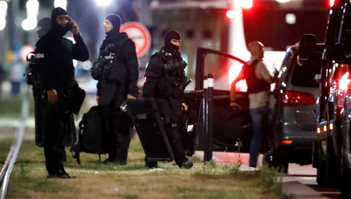 Fransa'da rehine krizi (6 saat sonra teslim oldu)